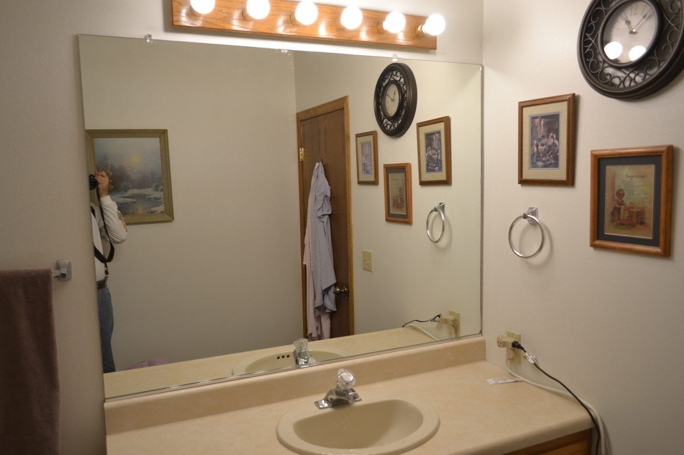 customer's mirror without frame