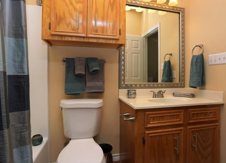 customer photo of bathroom mirror