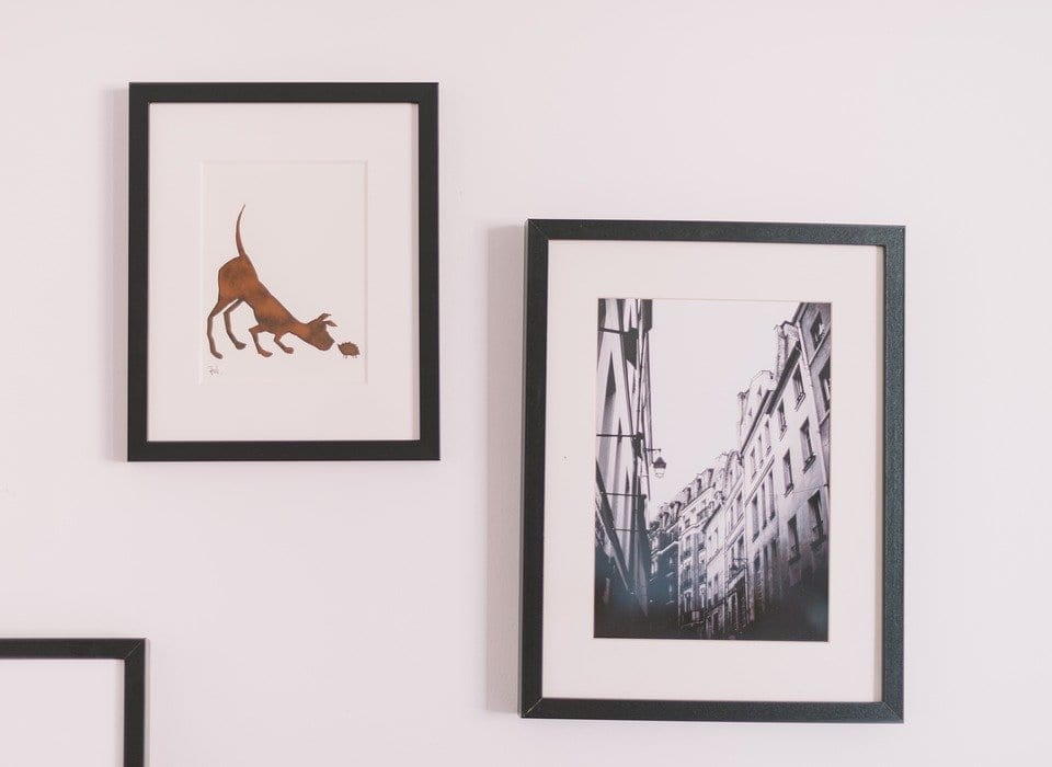 5 Tips for Creating the Perfect Gallery Wall | Frame My Mirror