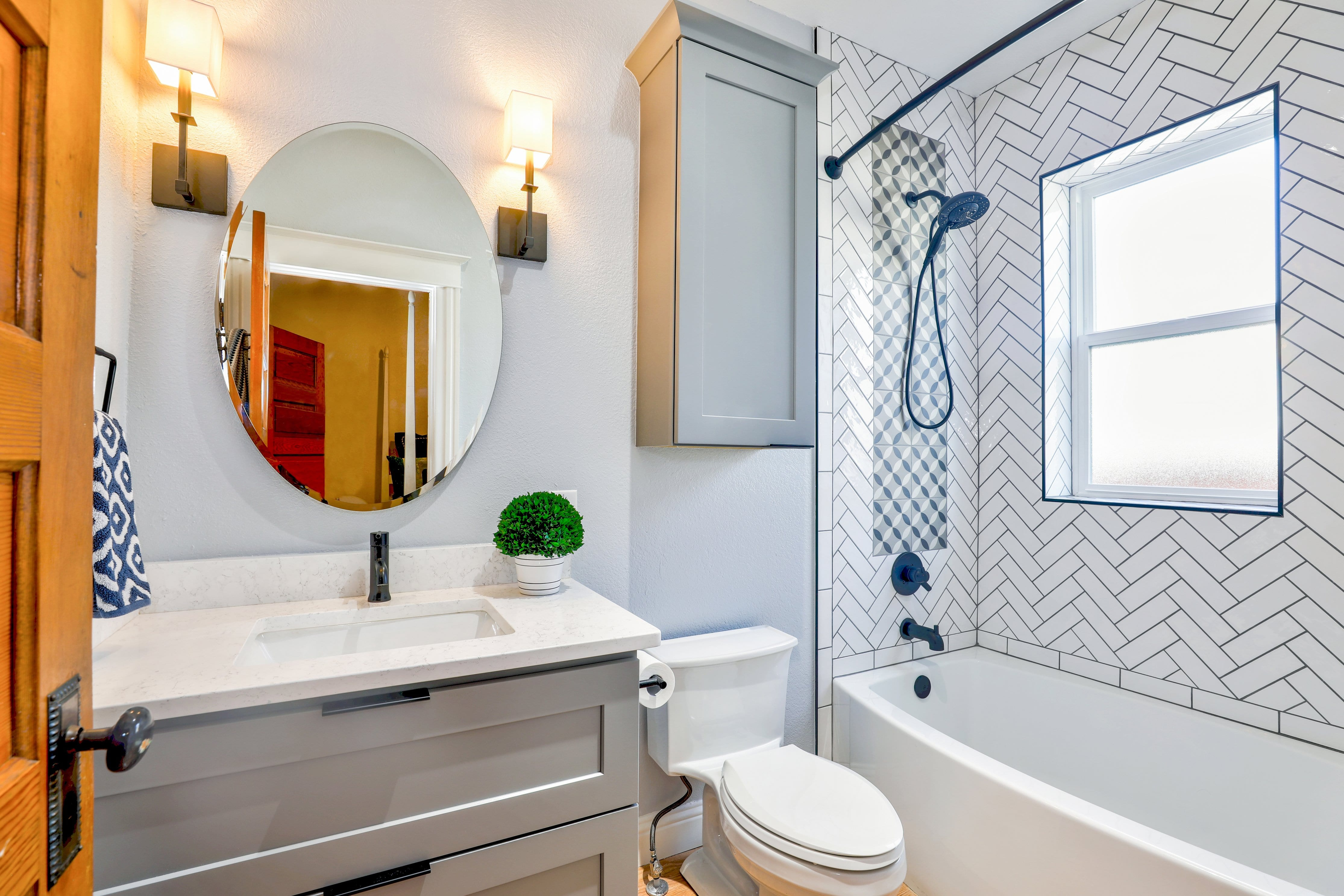 5 Fun and Unique Bathroom Decorating Ideas for Kids | Frame ...